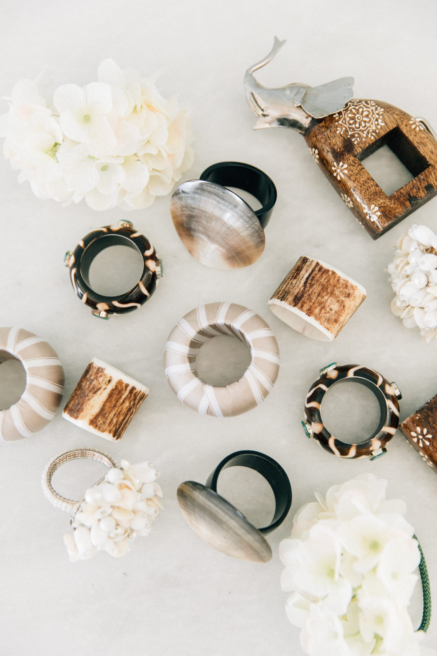 How to Accessorize a Well Dressed Table