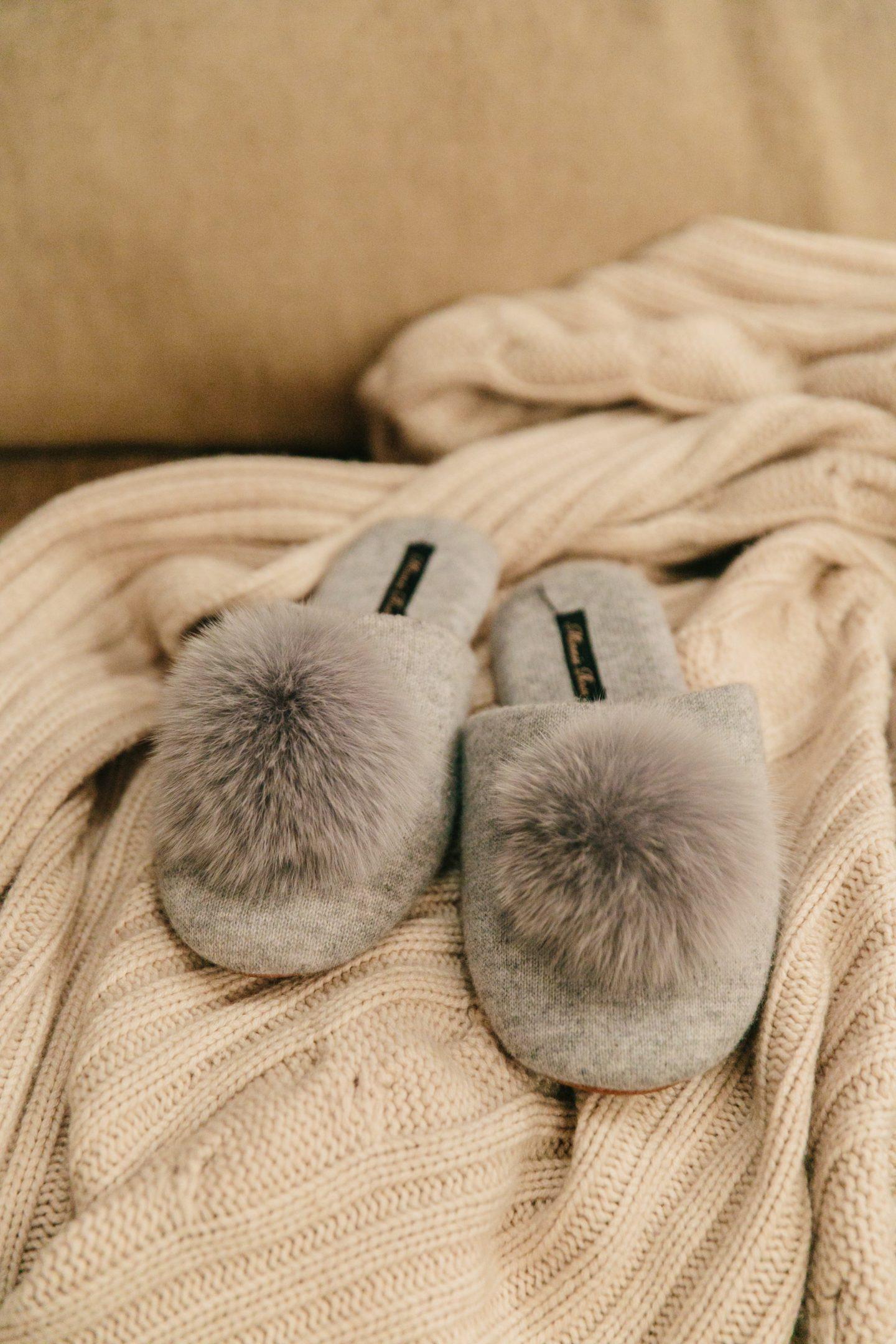How I Get Cozy In Wintertime