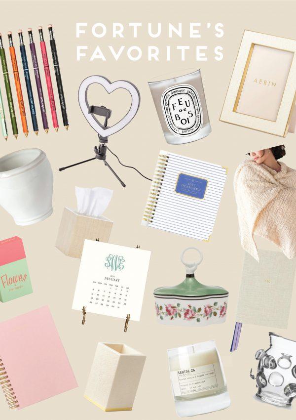 essential-desk-accessories